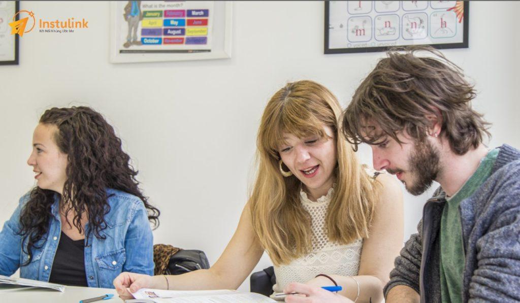 Du học ngắn hạn, du học tiếng Anh ngắn hạn, du học tiếng Anh ngắn hạn tại Anh, học bổng du học ngắn hạn, các khóa du học ngắn hạn, các chương trình du học ngắn hạn, khóa du học hè ngắn hạn
