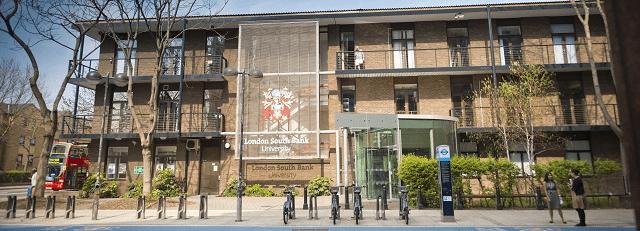 Hình ảnh 1 phần khuôn viên trường học London South Bank